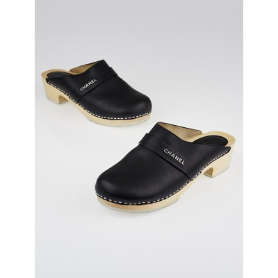 Chanel Black Leather Wooden Clogs Size 8.5/39