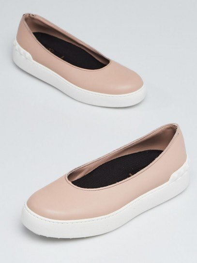 Valentino Nude Leather and Rubber Rockstud Slip-on Flats Size 4.5/35