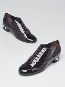 Chanel Burgundy/Black Patent Leather Cap Toe Faux Pearl Loafers Size 9.5/40
